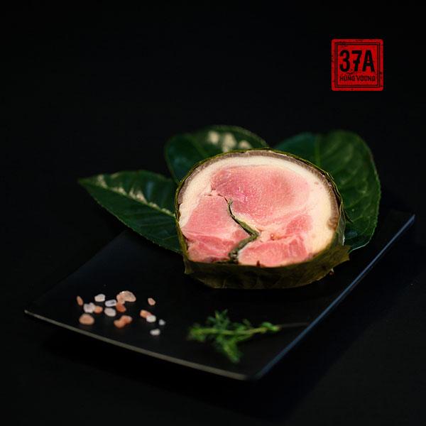 Thịt chân giò xông trà xanh cổ thụ